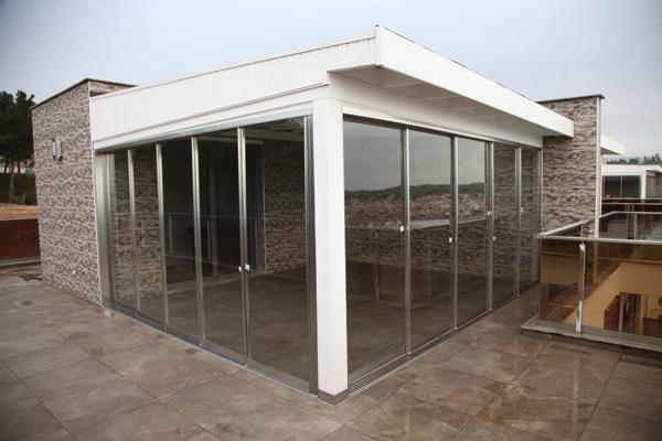 Zen uno Deceuninck Cam Balkon Sistemleri